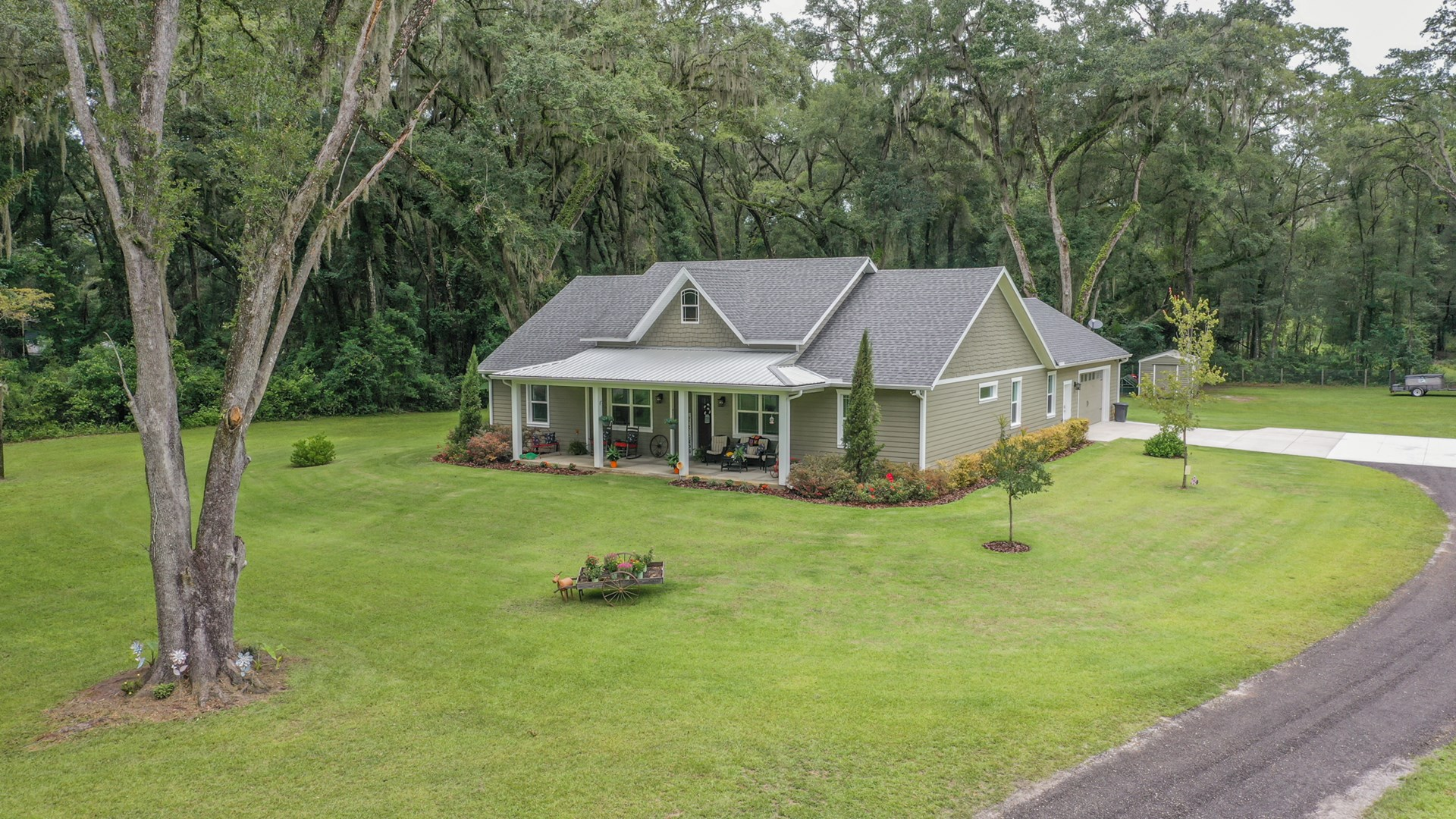 GORGEOUS HOME IN NEWBERRY FLORIDA!