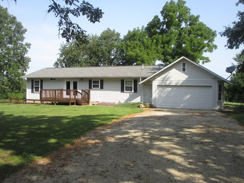 3 Bedroom home secluded on 3.7 Acres in R-3 School District