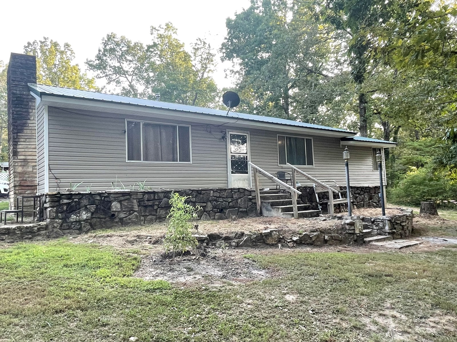 One block from lake, home for sale in North Arkansas