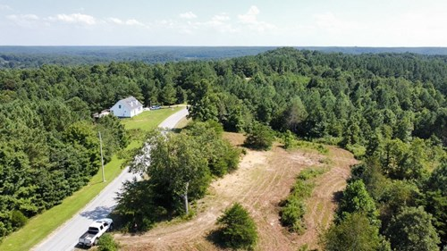 Unrestricted Acreage for Sale in Hohenwald, Tennessee