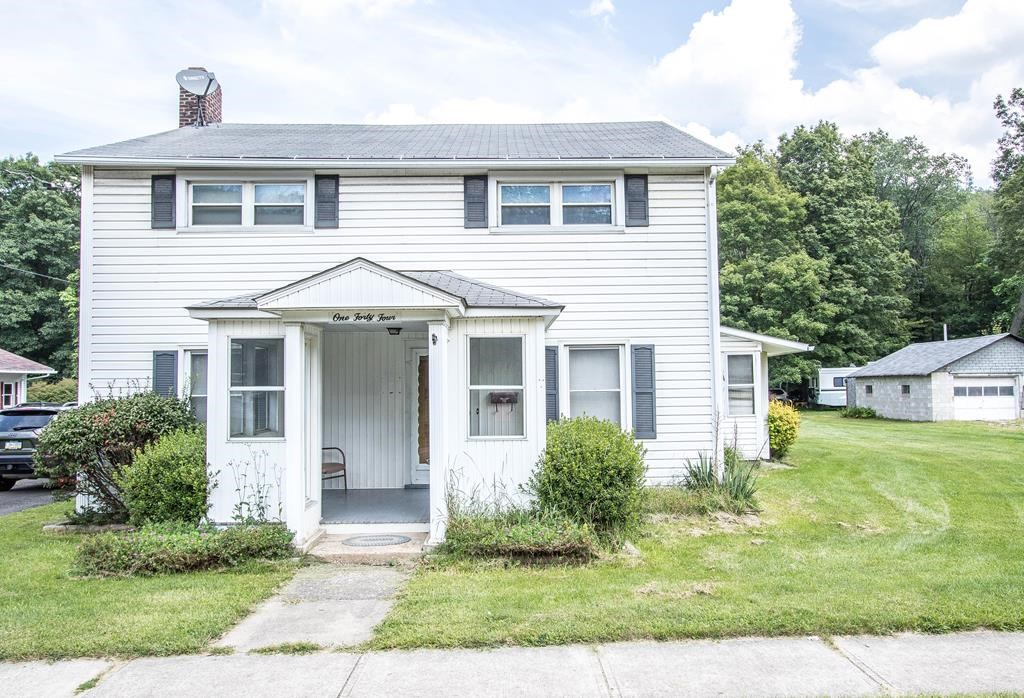 2-Story Home for Sale in Blossburg, Pa