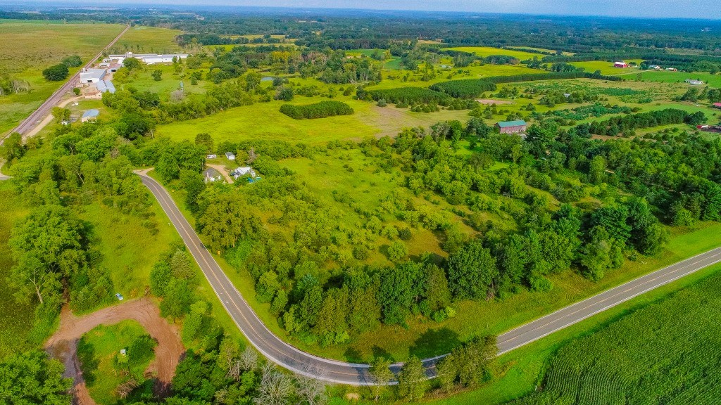 10+ acre parcel in Marquette County