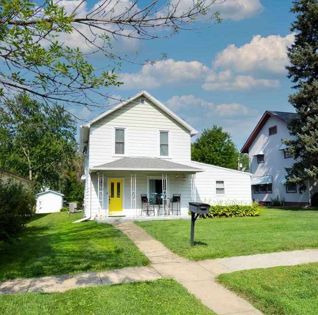 HOME FOR SALE IN LOGAN IA