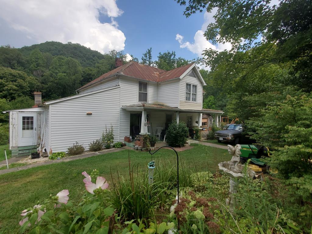 Farm House for Sale in Abingdon VA