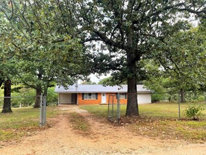 COUNTRY HOME ON ACREAGE SALEM AR FOR SALE