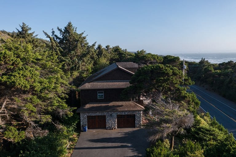 Income Property for Sale Gold Beach, OR