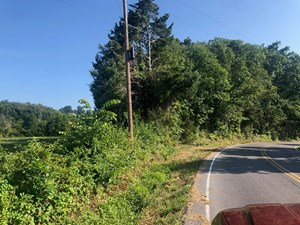 1.61 ACRES UNRESTRICTED LAND FOR SALE IN EAST TN