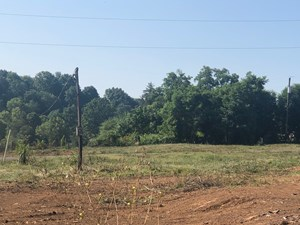 .63 ACRES UNRESTRICTED LAND IN EAST TN FOR SALE