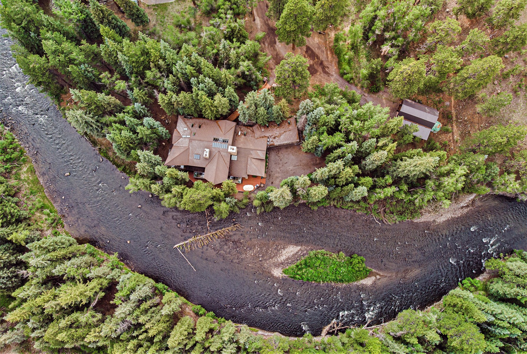 Colorado waterfront mountain luxury home