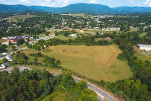 LAND FOR SALE AT AUCTION IN PEARISBURG VA!