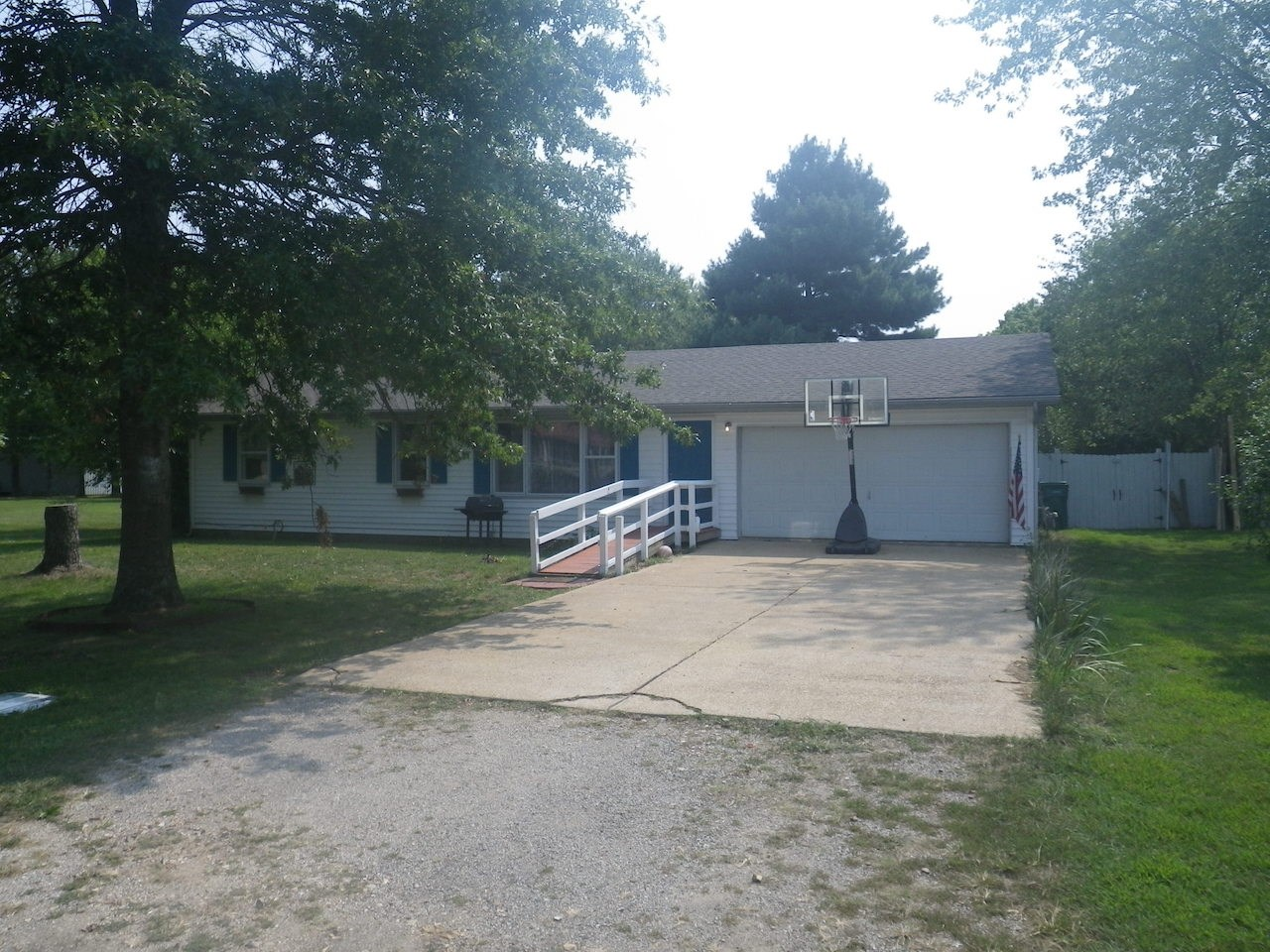 Home for Sale in Howell County, MO!