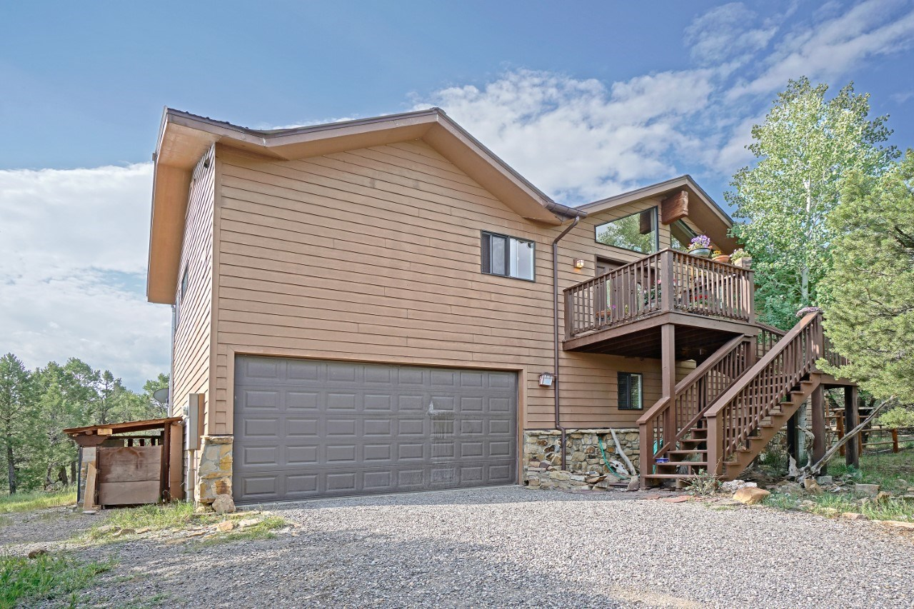 Mountain View Home Close to Skiing, Hiking, and 4Wheeling
