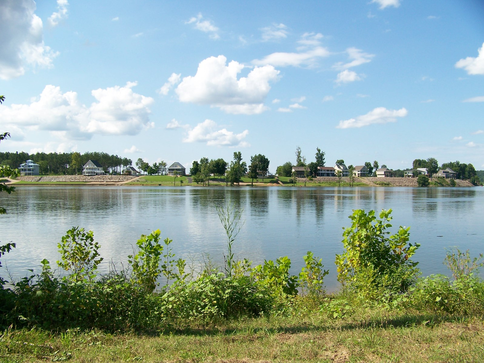 TENNESSEE WATERFRONT LOT FOR SALE ON TN RIVER