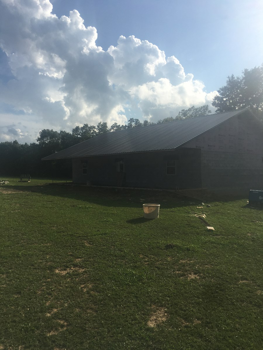 Home with Acreage in the Arkansas