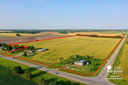 Country Home Living near Lindsborg, Kansas Farmland For Sale