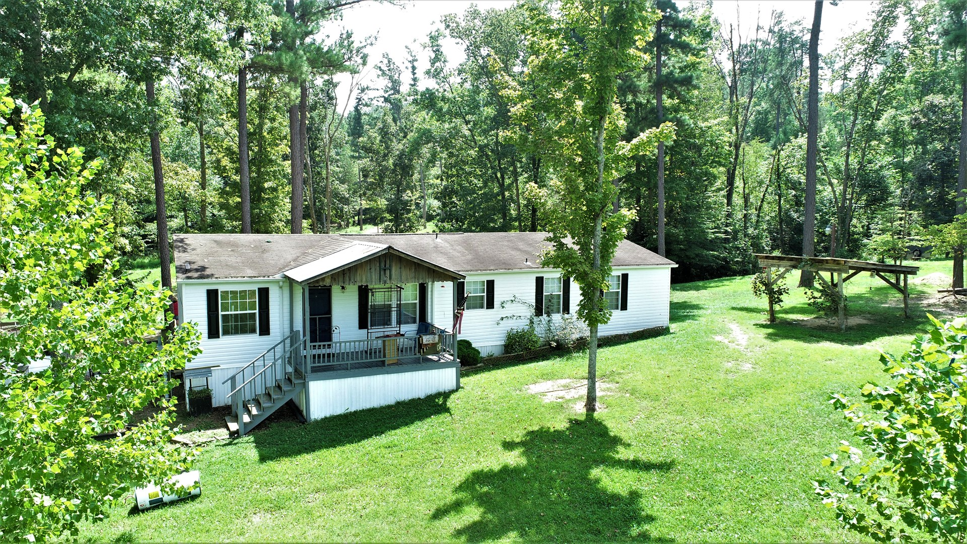Country Homes For Sale, with acreage in Metcalfe County, KY.