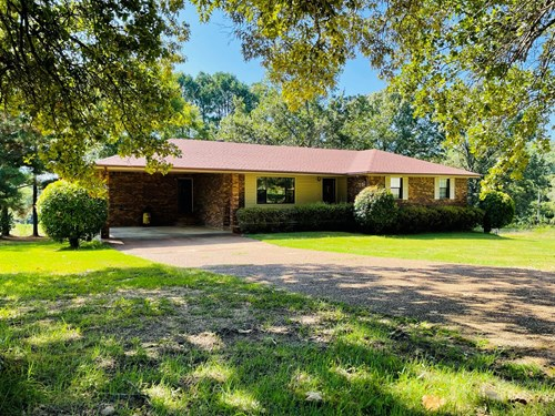 COUNTRY BRICK HOME FOR SALE IN MOUNT PLEASANT, ARKANSAS