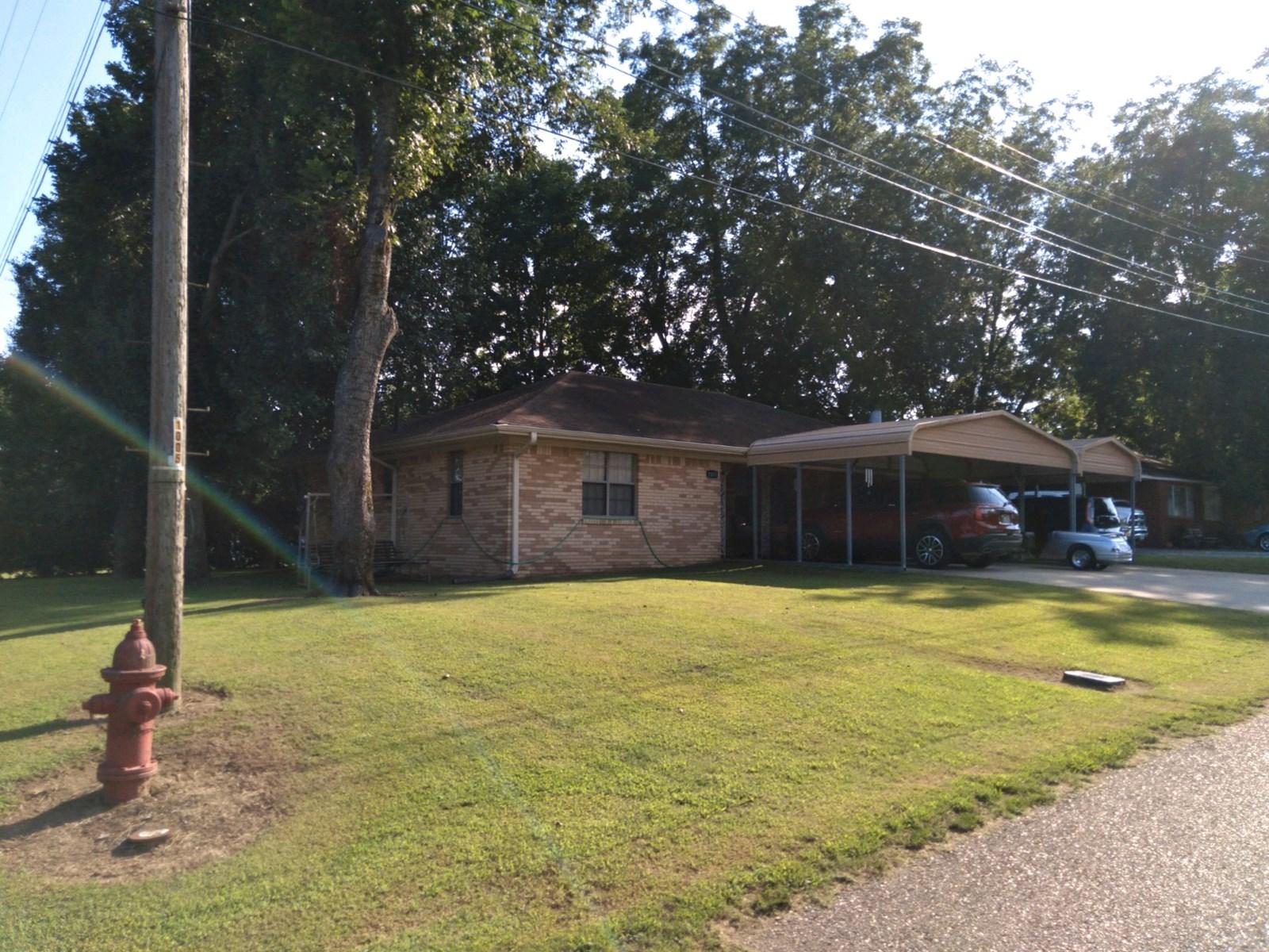 4 bedroom,2 bath Brick house in Rector AR 72461