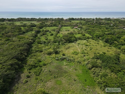 LOT FOR SALE IN JUAN HOMBRON 1.5 Km FROM THE BEACH