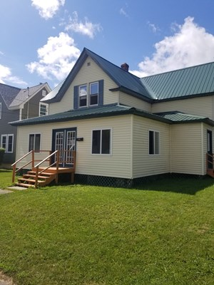 HOME FOR SALE IN EAST MILLINOCKET, MAINE