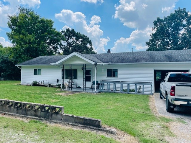Country Home For Sale In Joplin, Mo