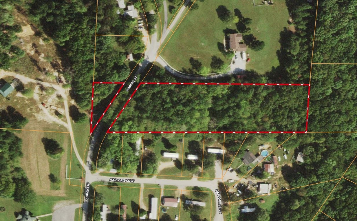 Residential Acreage for Sale in Hohenwald, Tennessee