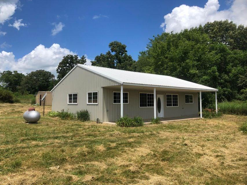 Country Home in Alton, Missouri