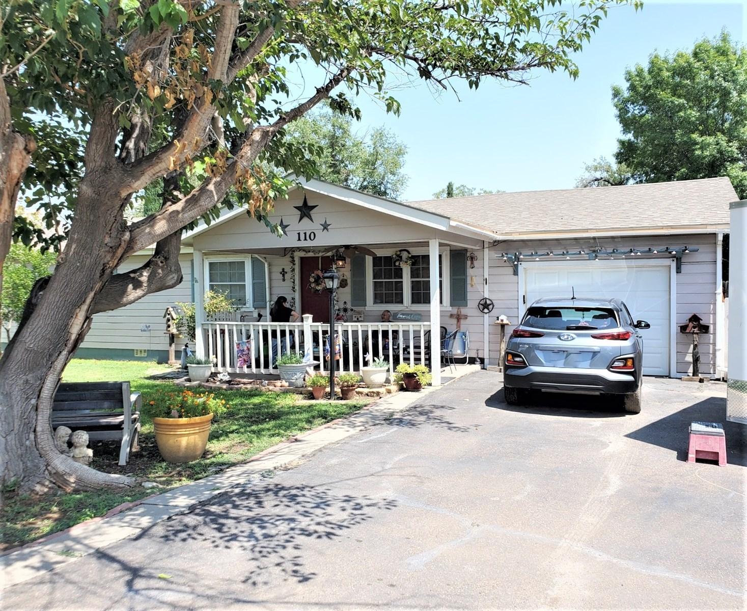 Balmorhea House For Sale 110 N San Antonio St Reeves Co