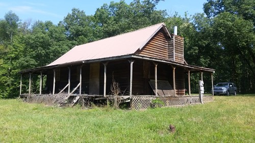 For sale Cabin on the Mountain. Smith Mtn Rd Rockwood TN