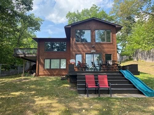 Charming Lake Home/Cabin on Oak Lake in Kerrick MN For Sale
