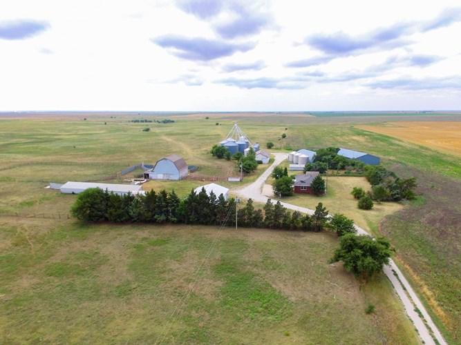 Online Auction Farm, Home, Barns, Grain Storage Ensign KS
