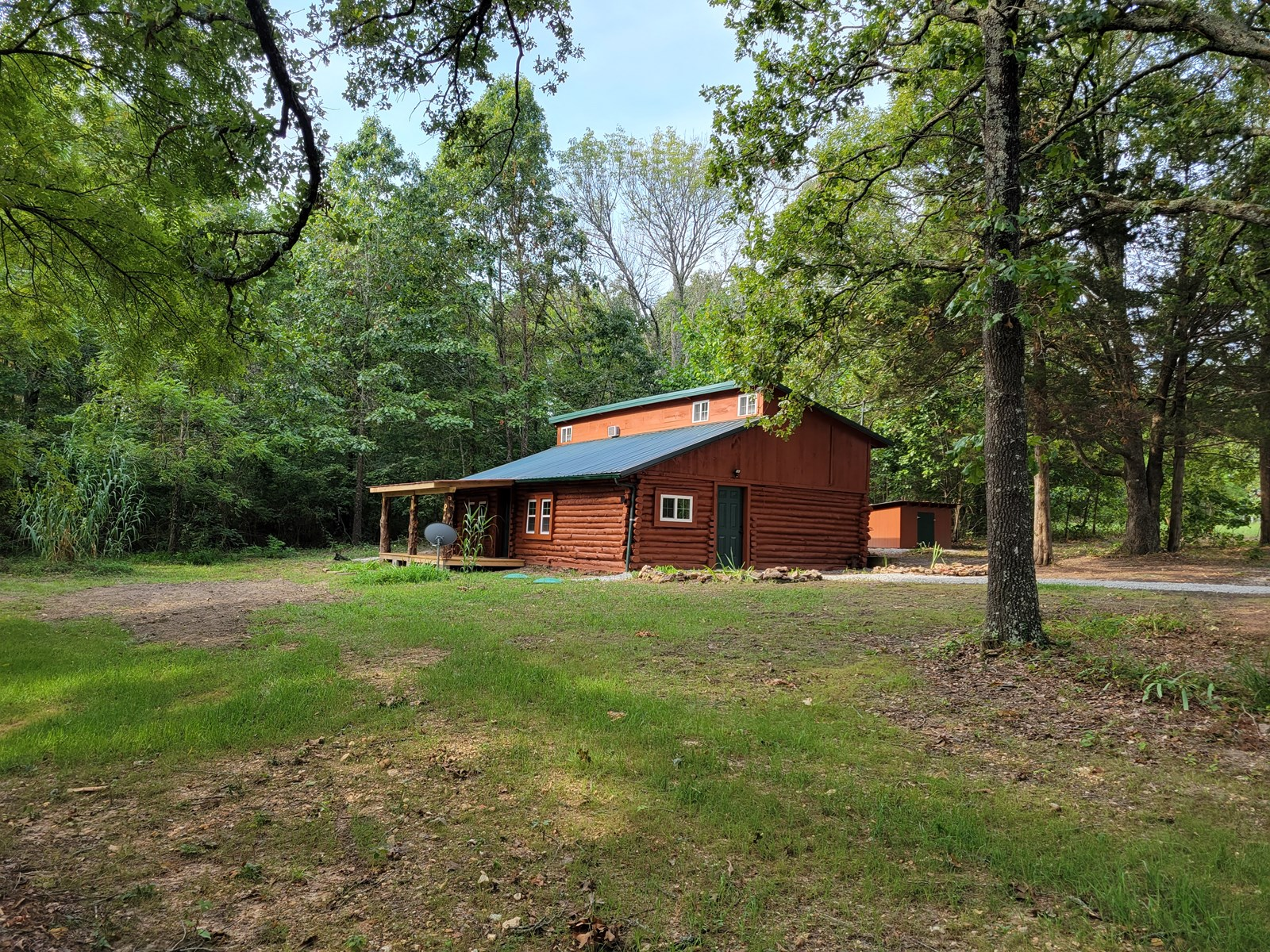 Southern Missouri Ozarks Home and Land for Sale!