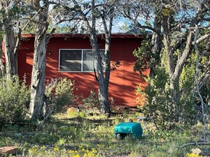 GENTLY ROLLING 2 ACRES JUNIPER/PINON MEADOW OFF-GRID LIVING