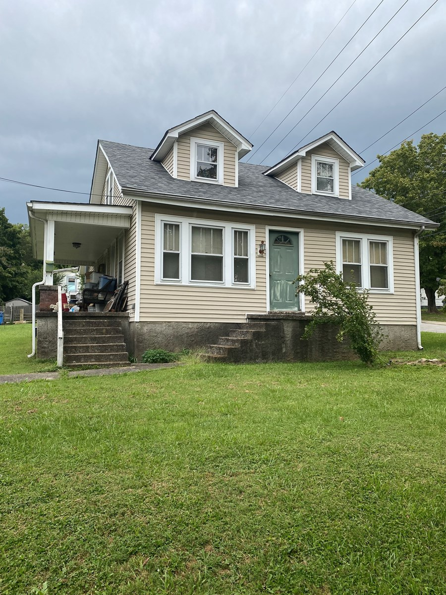 Home For Sale In Town, Glasgow, KY., Investment Opportunity