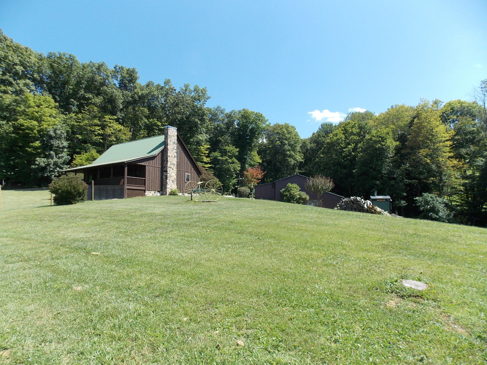 Beautiful Country Home for Sale in Willis VA