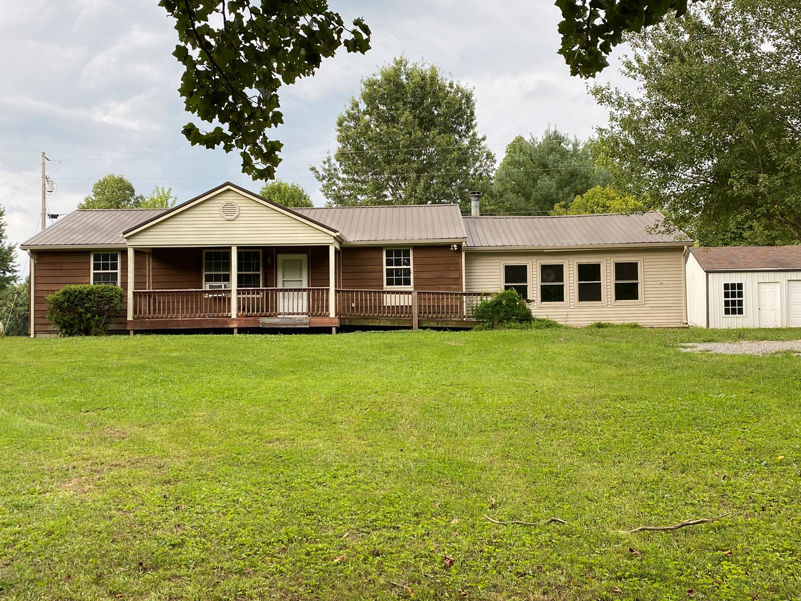 Country Home 3 Bedroom 2 Bath Ranch Style on 18 +/-
