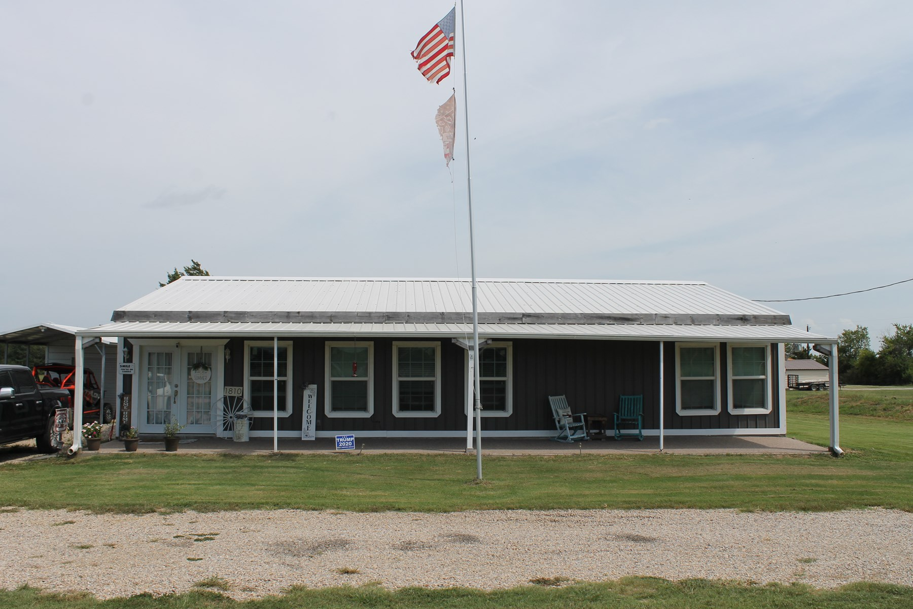 Country Home Close to Town For Sale in Sumner, Texas!