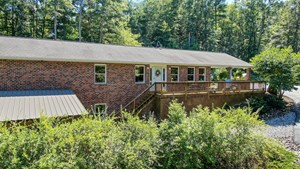 BEAUTIFUL RANCH STYLE HOME FOR SALE IN FLOYD VA!