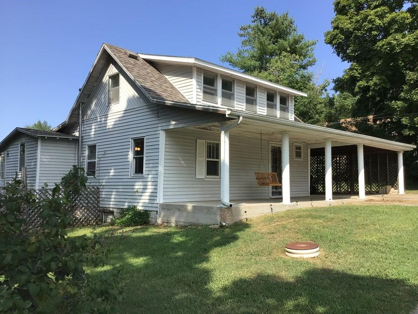Home in Town for Sale Ava, Missouri