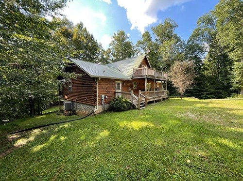 Lake Home on .96 +/- Acres in Albany, KY - Dale Hollow Lake