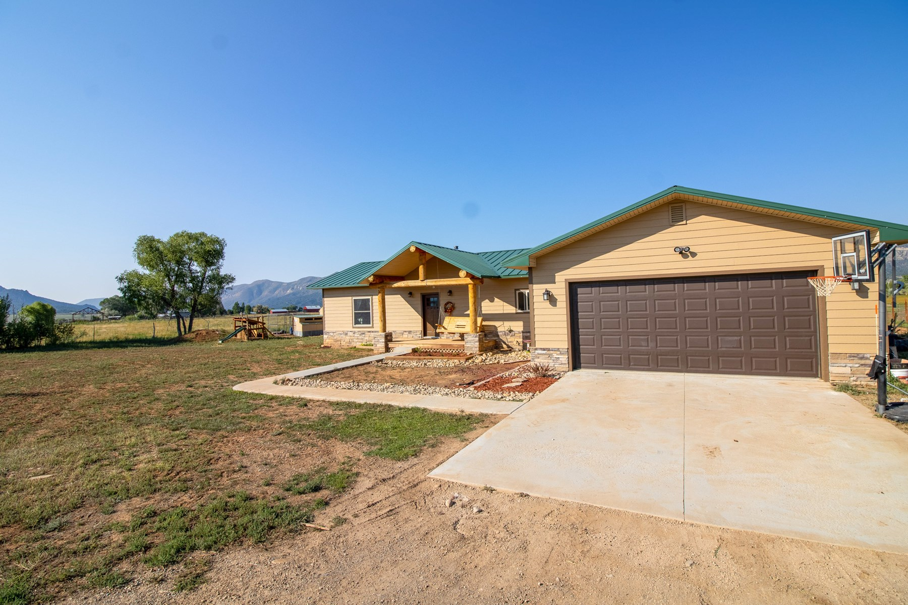 Updated Open Concept Home on Acreage For Sale in Mancos, CO!