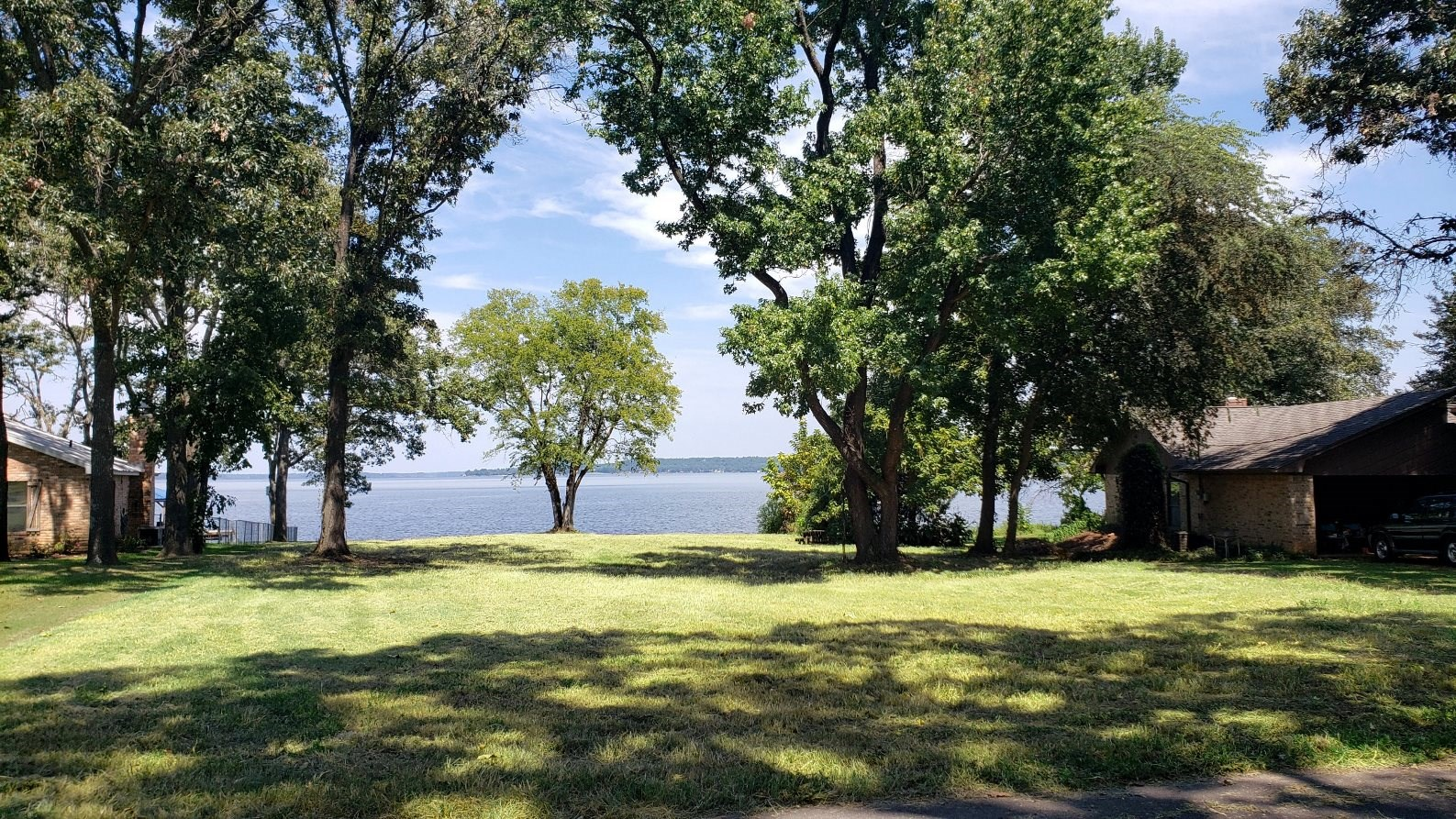 LAKE PALESTINE WATERFRONT LOT FOR SALE | EAST TX REAL ESTATE