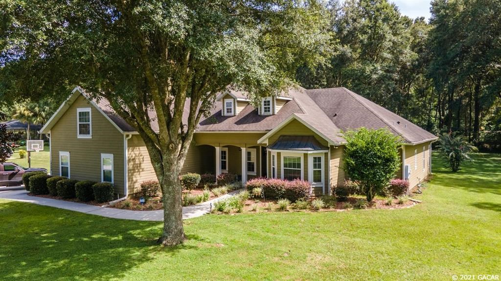 GORGEOUS HOME IN GAINESVILLE FLORIDA!