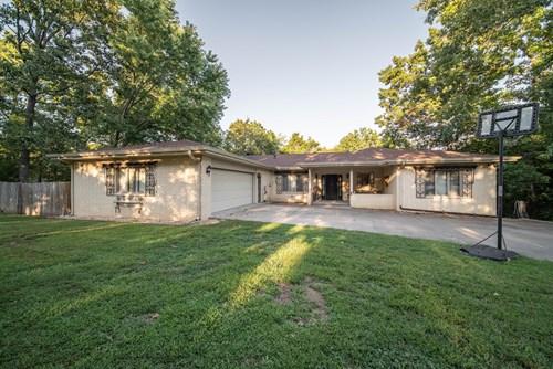 Home For Sale in Bella Vista
