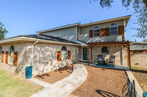 BIG & BEAUTIFUL 4 BEDROOM HOME IN LITTLEFIELD, TX