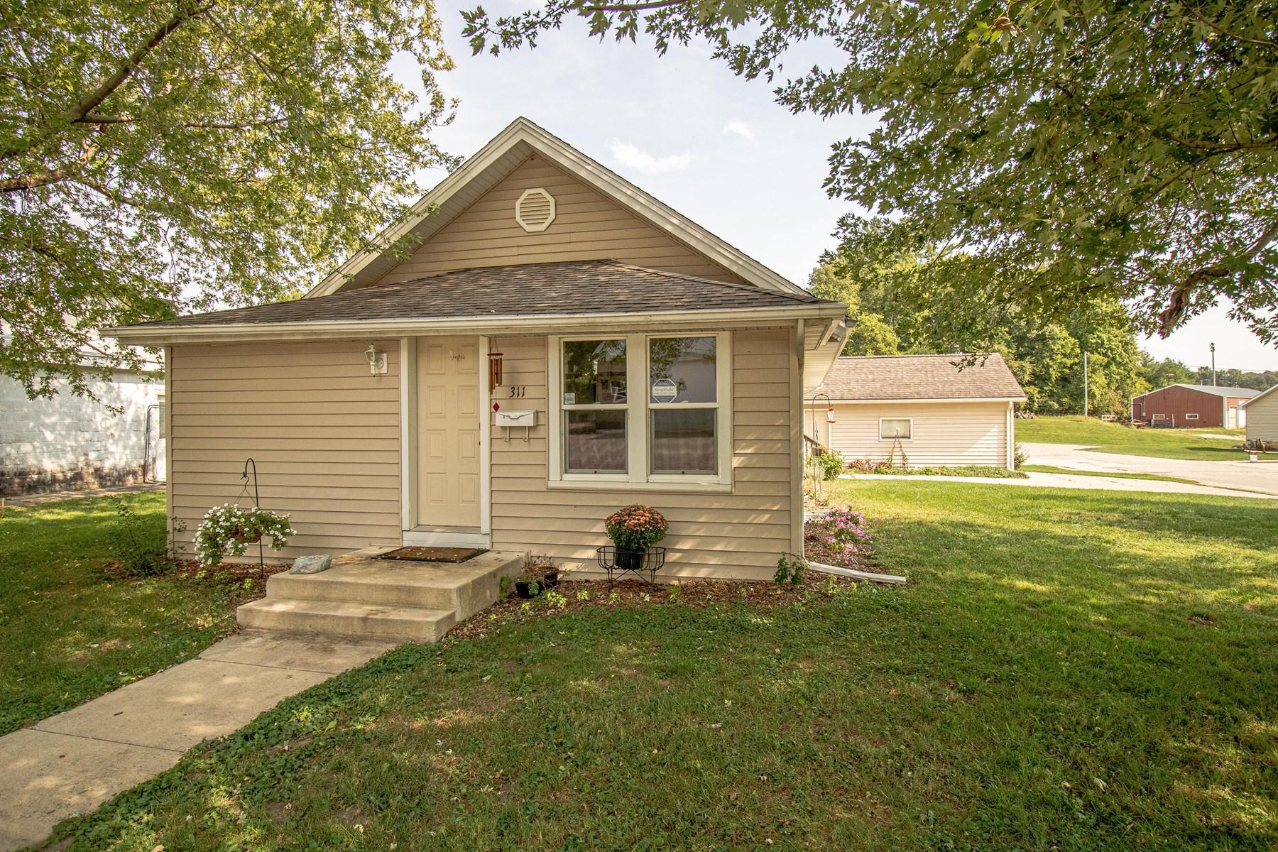 Anamosa Iowa Home for Sale