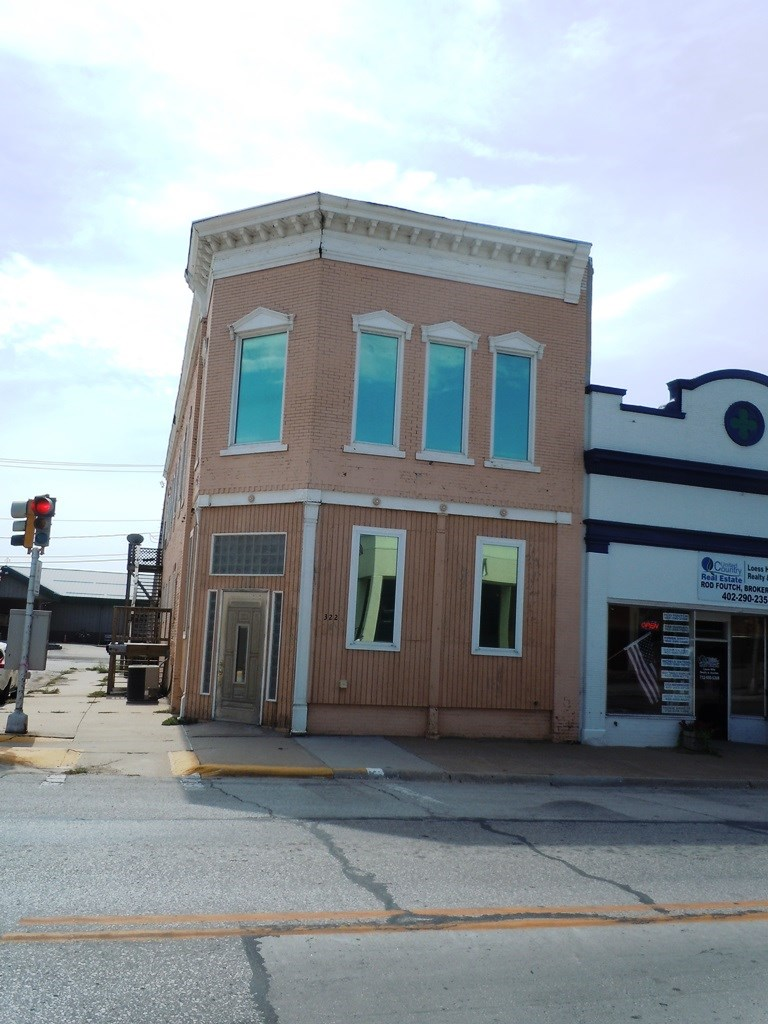 COMMERCIAL BUILDING FOR SALE IN MISSOURI VALLEY IOWA