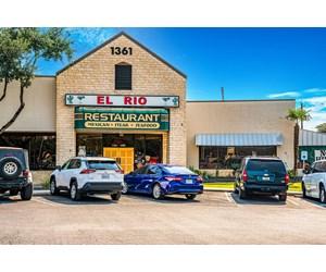High Cash Flow Restaurant Business For Sale in Boerne, TX!