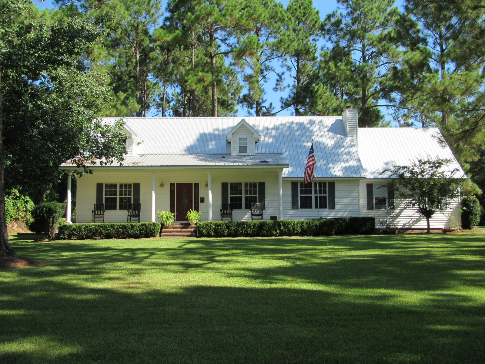 Charming Country Home in Great Neighborhood.