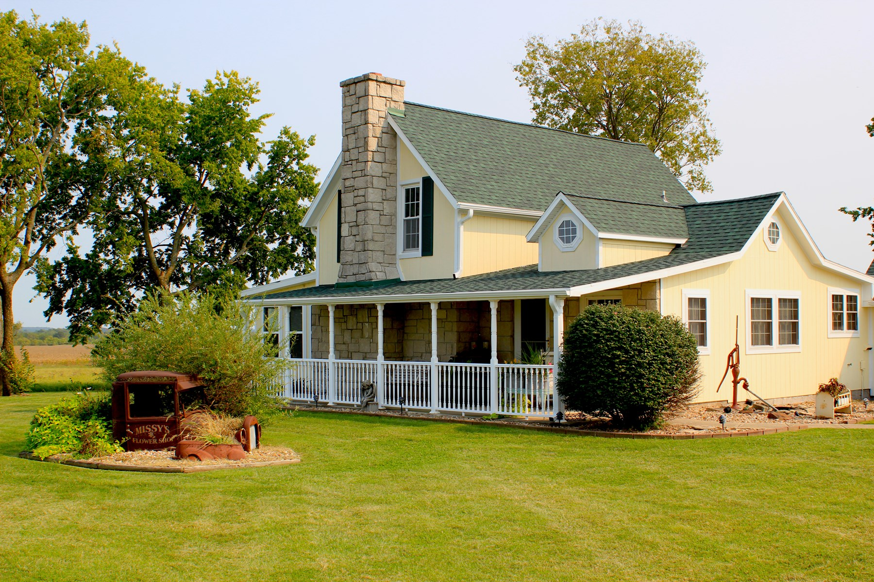 Restored Farmhouse on 16 acres with Outbuildings in Butler